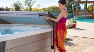 Spa Pool Cover Lifters | HotSpring Spas